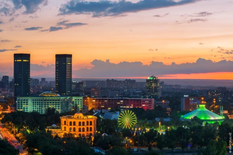 5206-Vechernij-Almaty.jpg