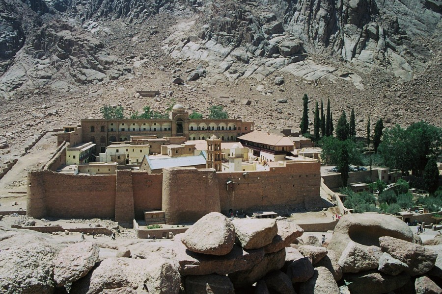 st-catherines-monastery-174446_1280-1.jpg